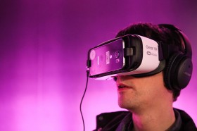Oculus Says Over a Million People Used Gear VR Headsets in April