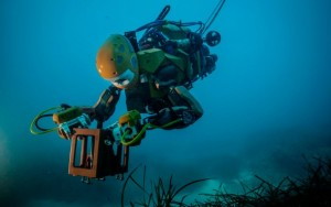 A Treasure-Hunting Ocean Robot